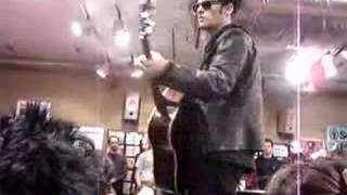 BRMC - Love Burns (Acoustic@Fopp)