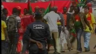 Gambar cover Arrivée des ETLONS: Forte mobilisation depuis l'aéroport de Ouaga