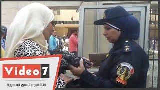 وصول الشرطة النسائية لتأمين جلسة معارضة أحمد موسى على حكم حبسه سنتين