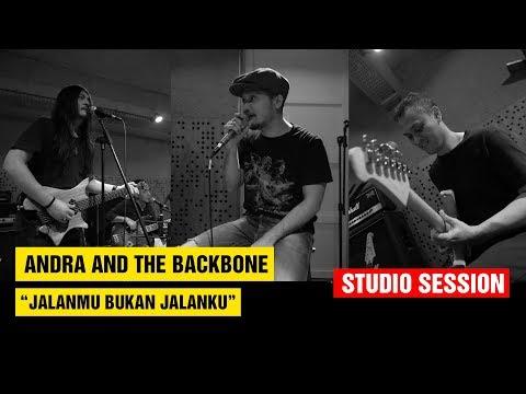 Jalanmu Bukan Jalanku - Andra And The Backbone (Studio)