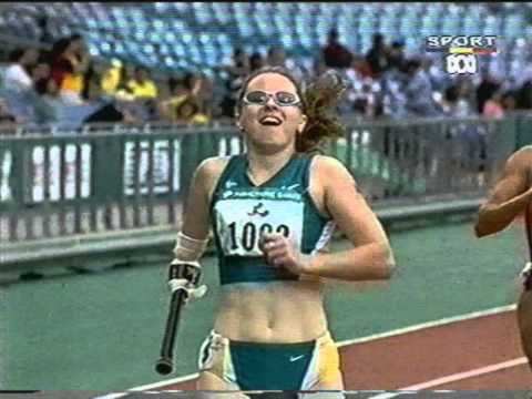 Sydney Paralympics Amy Winters 200m T46 final (wmv)
