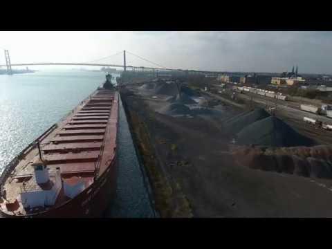 Great Lakes Trader & Joyce L. VanEnkevort - Unloading stone in Detroit