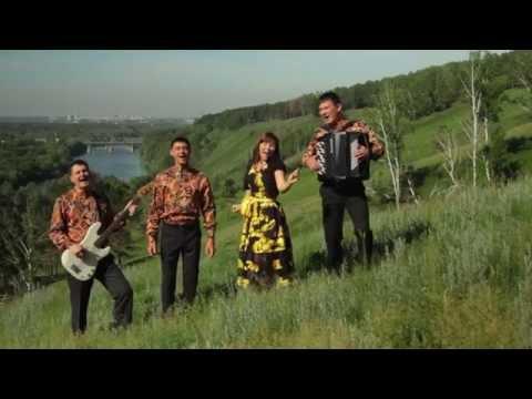 ансамбль 'Веселуха' - Русская мелодия: www.doovi.com/video/ne-xodi-ty-za-mnoju/KHJXvSO9t3w