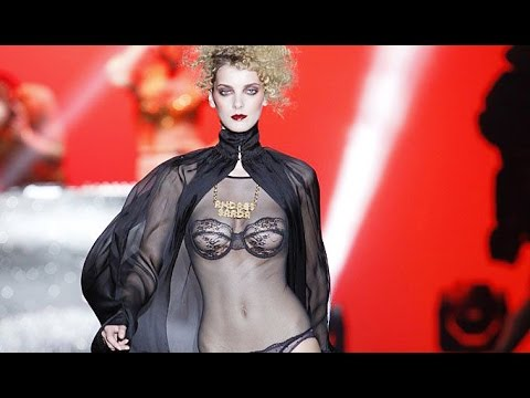 Andres Sarda | Fall Winter 2014/2015 Full Fashion Show | Exclusive