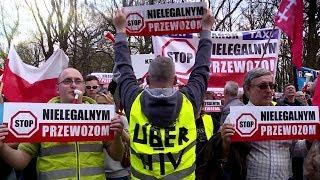 """Strajk taksówkarzy w Warszawie. """"Pasażer staje się paserem""""   OnetNews"""