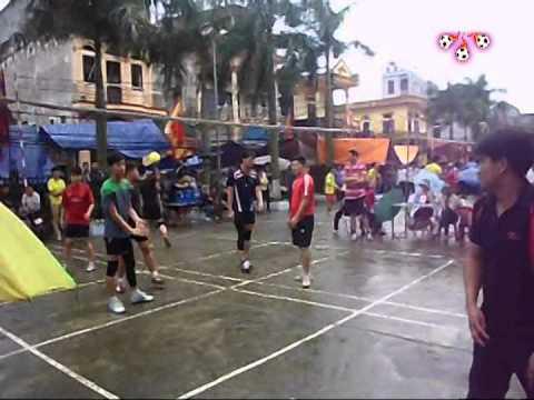 Thi đấu bóng chuyền hơi 1 - lễ hội làng Trang Liệt 2014