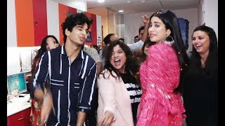 Jhanvi Kapoor And Ishaan Khattar Dance Like Never Before With RJ Malishka