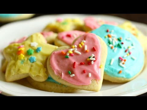 soft-sugar-cookies-with-icing-recipe--hot-chocolate-hits