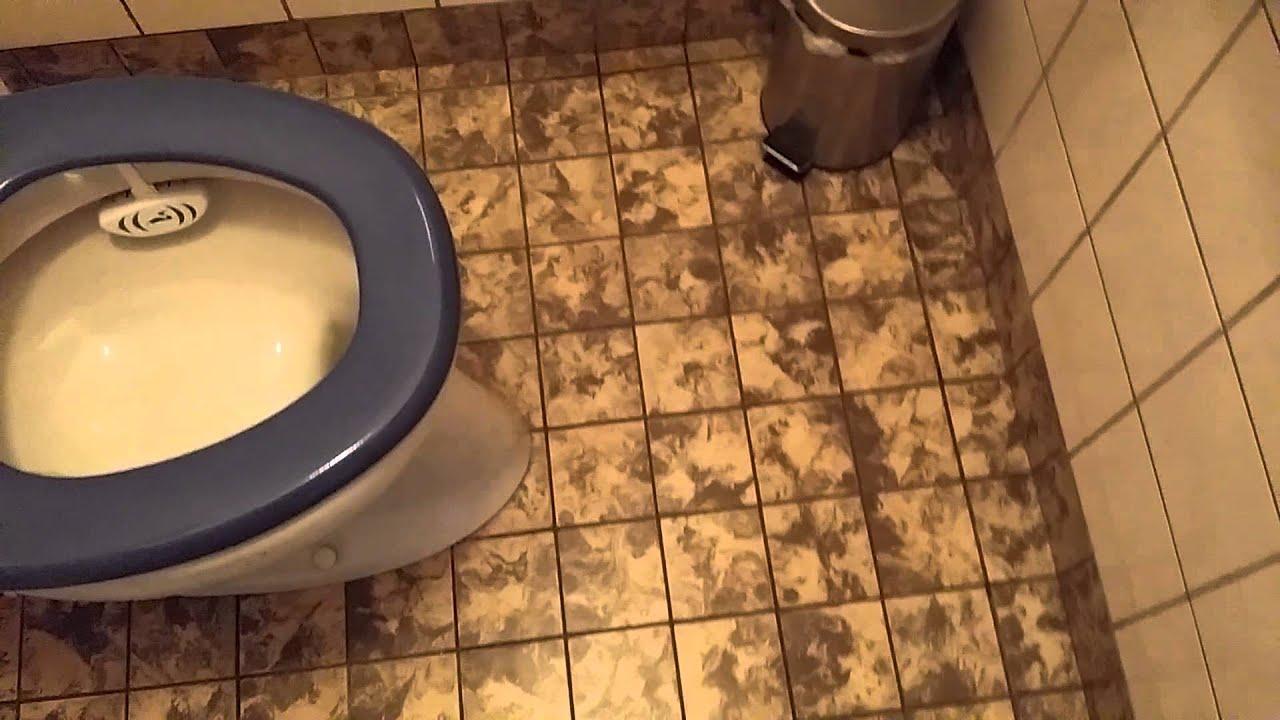 Oud toilet renoveren youtube