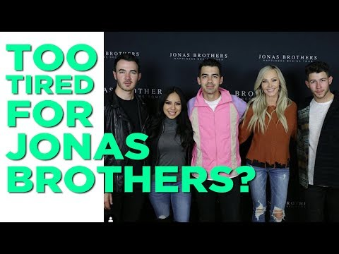 In-Studio Videos - Kyle and Suzette Backstage at The Jonas Brothers