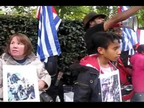 Indonesia Soldier Stop Torturing West Papuan People 2010