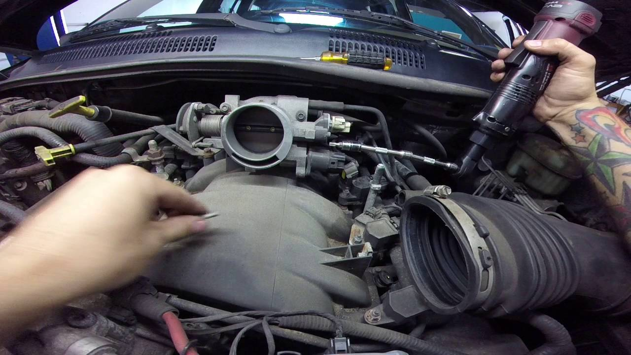 jeep grand cherokee 47 idle air control valve (iac)  YouTube