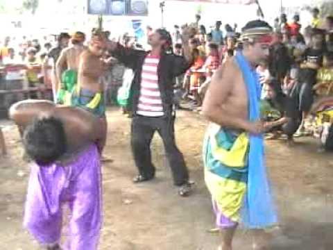 Jathilan Kudho Karenggo di Santren Agustus 2007 B4 Part3