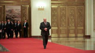 Все кончено! Лукашенко все – перекрили все пути. ОМОН отходит – это отставка. На колени пред народом