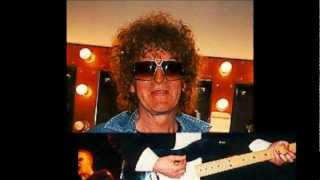 Watch Ian Hunter My Revolution video