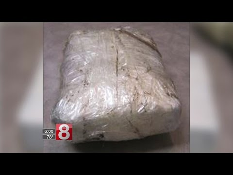 DOT worker finds a kilo of cocaine in Newington