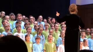 Мир похож на цветной луг(музыка в. Шаинского на слова .М. Пляцковского. Исполняет объединенный хор музыкальных школ Академгородка..., 2013-10-13T11:59:38.000Z)
