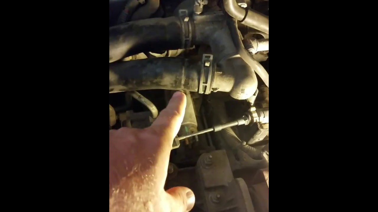 hight resolution of lincoln mkx ford edge 2007 2015 starter location and replacement 1