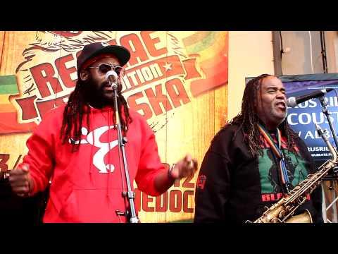Tarrus Riley & Dean Fraser & Black Soil Band - Marcus Garvey - ShowCase Mecoustic