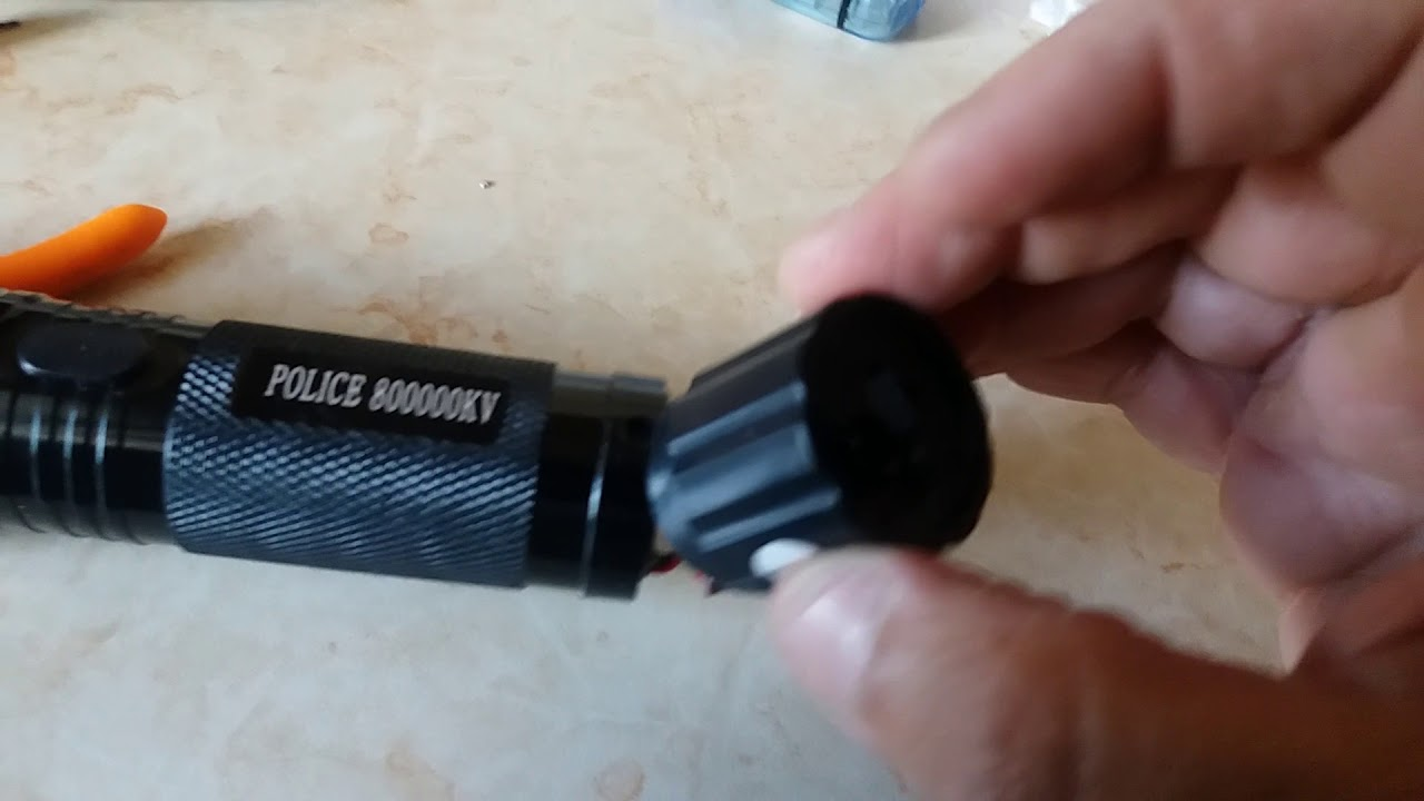 FLASHLIGHT 1101 EXTERNAL CHARGER PART 1 - YouTube