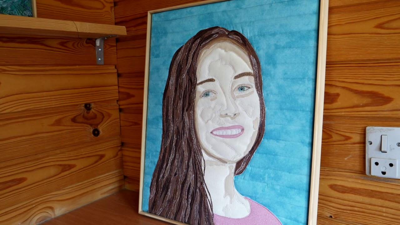 2052 Tekstilkunstner Karen Hvid