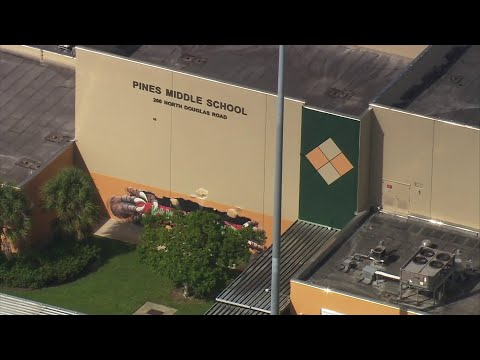 Teen accused of threatening to shoot up Pines Middle School