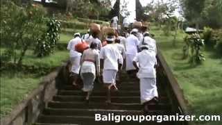 Bukit Penulisan Temple is a secret Hindu temple set on the top hill...
