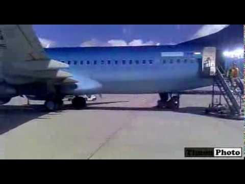 Travel Service Boeing 737-86Q