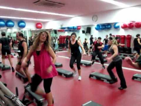 Super Aula de Step 90min no Lux Health Club
