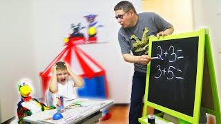 Игорь и папа играют в школу  Кто не хочет делать уроки дома?