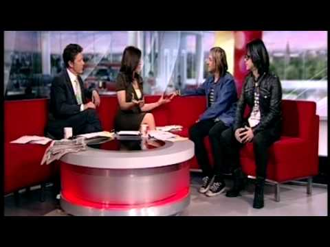 Feeder interview on Breakfast TV ...Side by Side single for Japanese Tsunami Relief Fund