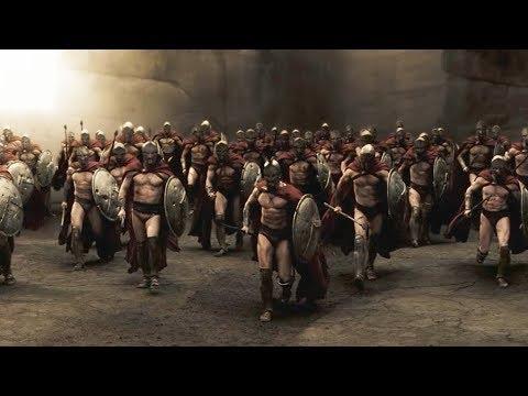 """300 спартанцев сокрушают войска Персов - """"300 спартанцев"""" отрывок из фильма"""