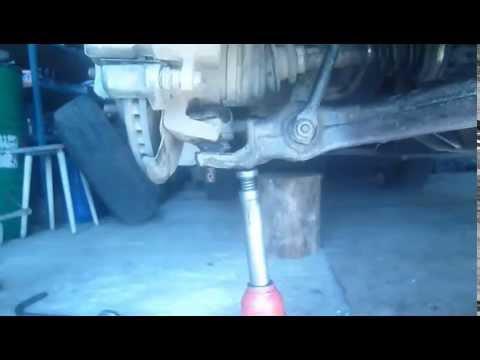 Задняя подвеска. Замена нижних шаровых опор Mercedes Benz ML W163
