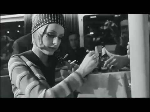 Twiggy  The Face of the 60's