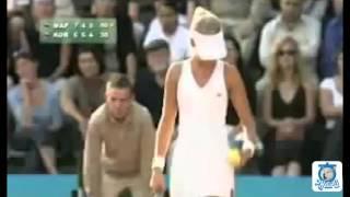 여자 테니스선수들의 옷갈아입는 영상