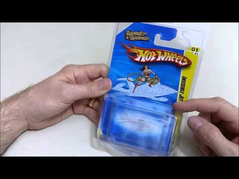 Hot Wheels Wonder Woman Invisible Jet SDCC 2010 Exclusive