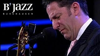 The Clayton Hamilton Jazz Orchestra feat. John Pizzarelli - Jazzwoche Burghausen 2011