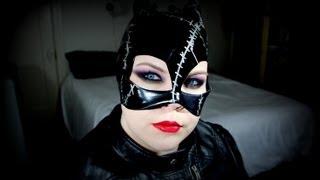 HALLOWEEN: Catwoman Makeup Tutorial