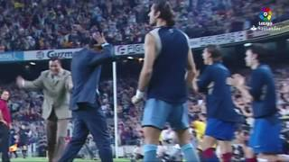 Ronaldinho first goal with Barcelona (HD)
