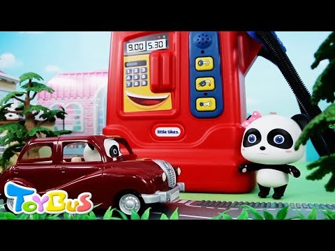 Baby Panda Taxi Driver | Kiki's Car is out of Gas | Policeman Role Play | ToyBus