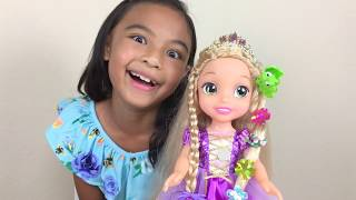 Glow N' Style Rapunzel Easy Braids Hair Braider Unboxing | Toys Academy