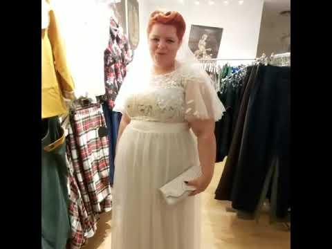 Lang gallakjole Cleo hvid, smuk lang festkjole med empiresnit