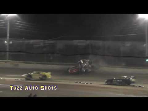 Corey Smith Crash Gulf Western & Independent Oils Raceway Latrobe 27/12/16