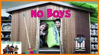 Boys vs Girls Fort Wars - No Boys Allowed! / That YouTub3 Family