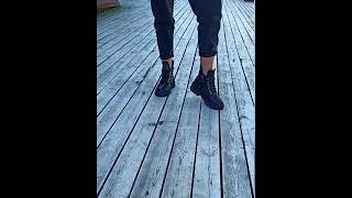 Стильные женские ботинки из натуральной замши черные модные ботинки женские на байке