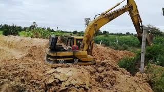 รถแม็คโครตักดินของจริง Excavator CAT 320C | aom am Toys