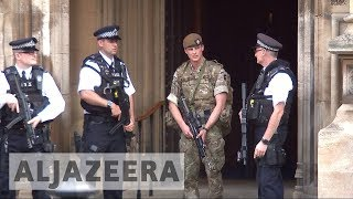 Armed soldiers deployed across UK streets in wake of Manchester att...