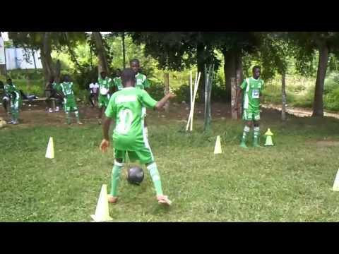 Séance d entrainement de centre de formation de football académie muraz U15