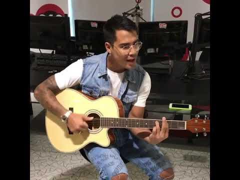 Micael Borges- acústico a noite toda na #rádio Disney Brasil