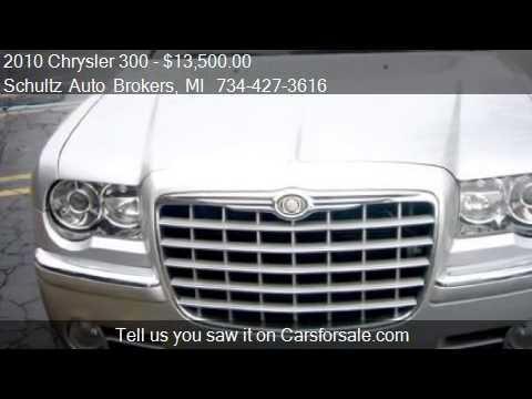 2010 Chrysler 300 Limited 4dr Sedan for sale in Livonia, MI